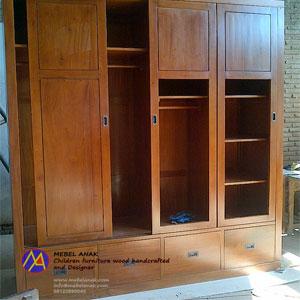 almari-4-pintu